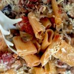 Rigatoni mushrooms with diced tomatoes