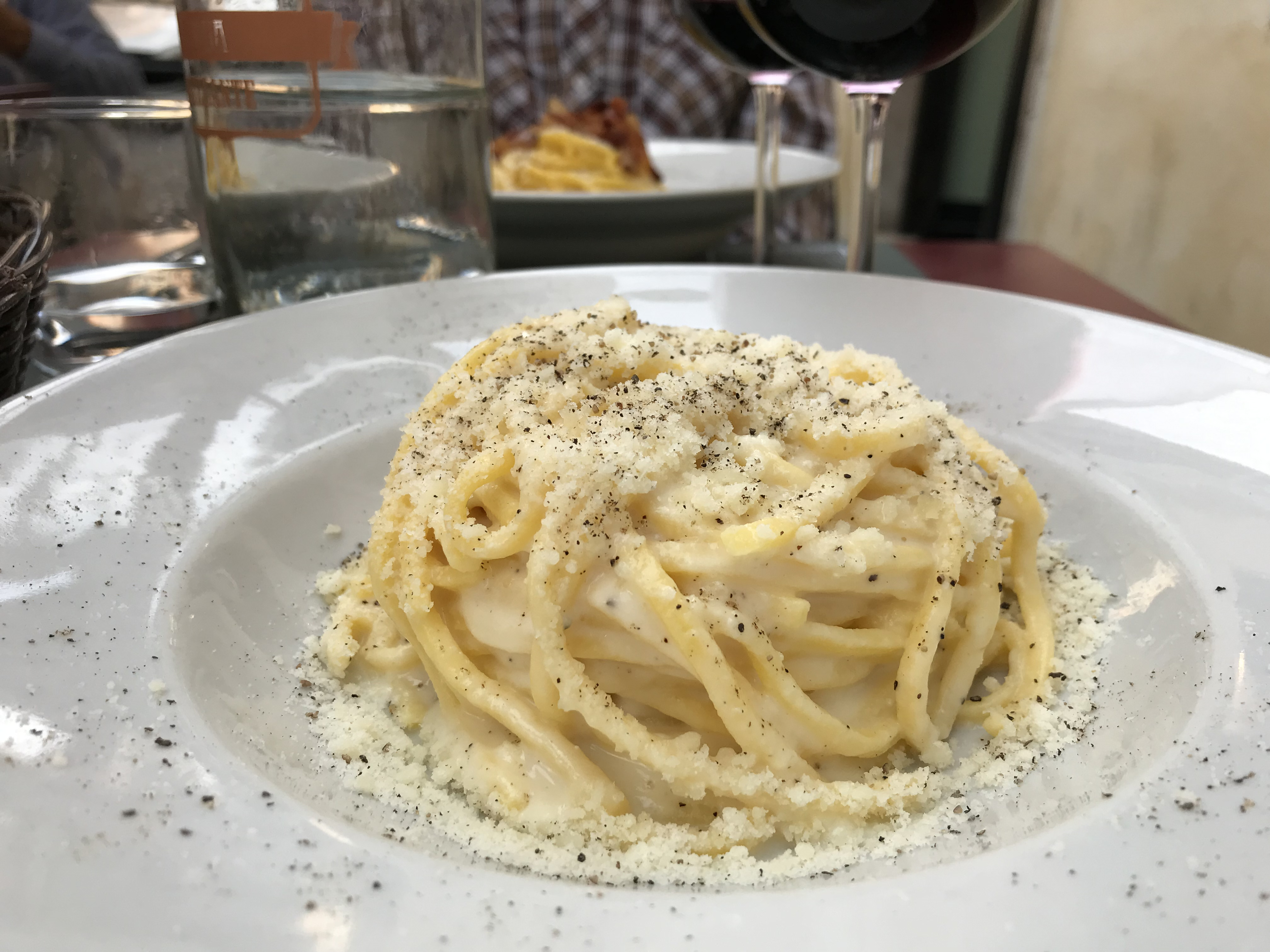 Cacio e pepe Cheese and black pepper pasta