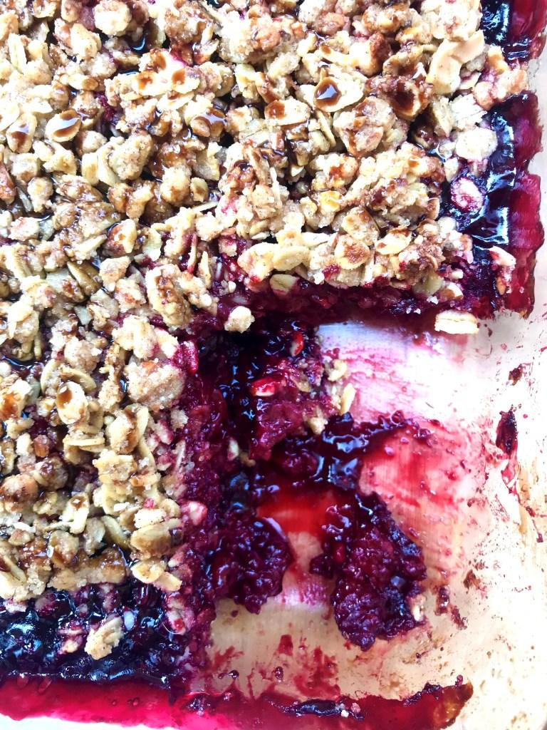 berry crumble
